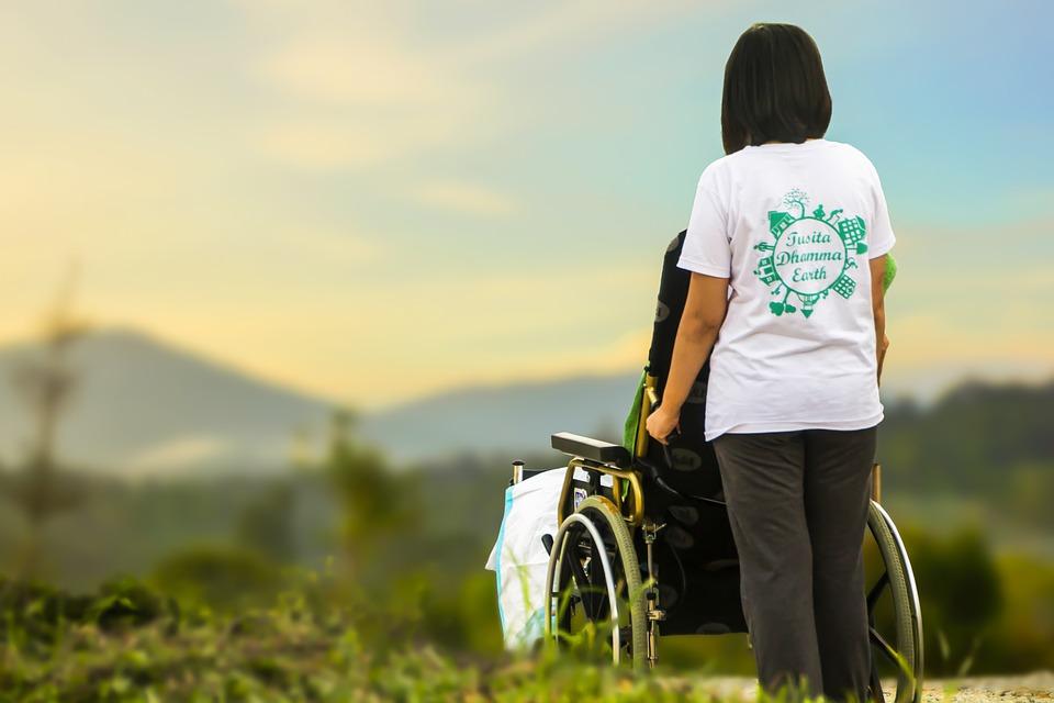 Dr. Hegedűs Katalin: Életvégi kérdések, palliatív gondoskodás