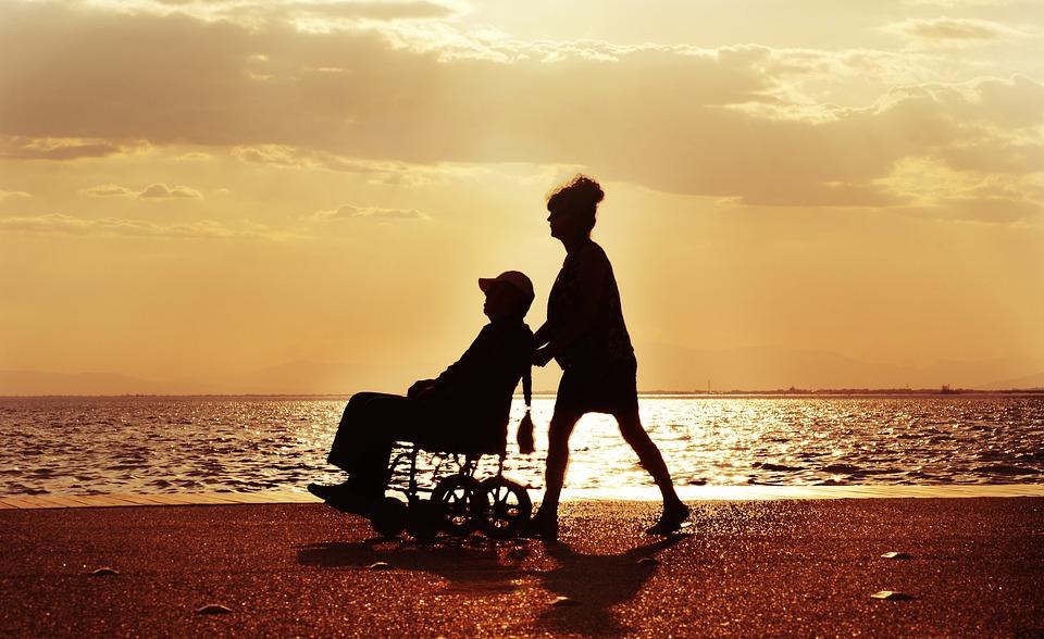 Kárándi Erzsébet: Gondozási környezet kialakítása